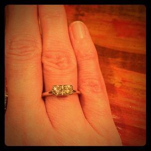 Jewelry - Vintage 14k Sweetheart Soulmate Diamond Ring